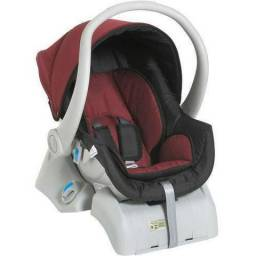 Kit Carrinho de bebê Dzieco Maly com Bebê Conforto Coccon e Base Cocoon Preto/Vinho
