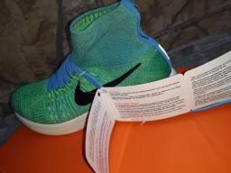 Nike lunarepic flyknit R$ 220.00