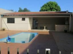 Casa em Dourados MS com piscina
