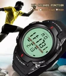 Relógio Masculino Novo À Prova Dágua Digital desapega , barato , 10 peças  disponíveis 14f88bf87c