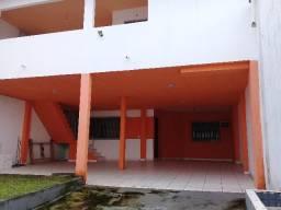 Aluga-se Casa de 2 pavimentos no Turu 5 quartos