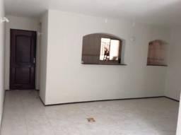 Apartamento de 75 m² no Calhau próximo a Av. Litorânea, com 03 quartos sendo 2 suite