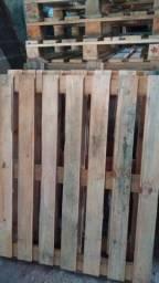 Paletes reforçados ou (tabuas soltas) entrega grátis.