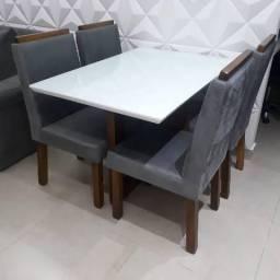 Título do anúncio: Mesa 4 cadeiras MADEIRA maciça * direto da fabrica*