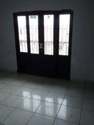 Alugo casa no Paineiras 4 cômodo garagem 1 vaga casa não e independente