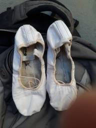 2 sapatilhas de balé