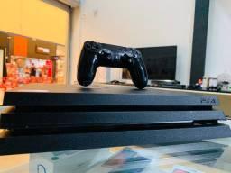 PlayStation 4 pro 4K impecável + jogo!!!