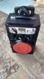 Caixa de som Bluetooth com rádio