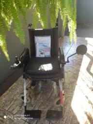 Cadeira motorizada semi nova
