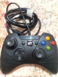 Controle:  Xbox One e PC