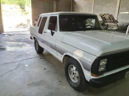 Linda F1000 - Diesel - Turbinada - Ano 1990