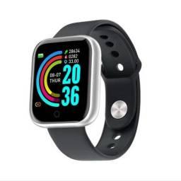 Smartwatch com notificações de mensagem e monitor de exercícios