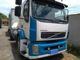 Volvo VM 310 ano 2011 428 mil KM