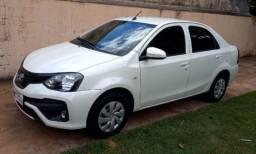 Etios Sedan 2019 conservado com baixo Km