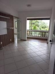 Apartamento para venda possui 70 metros quadrados com 2 quartos em Centro - Lauro de Freit