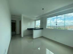 Apartamento 2 quartos,Prédio Individual Bairro Candelária, Venda Nova