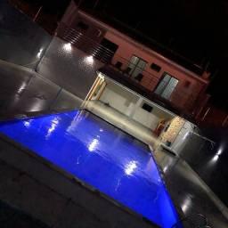 Sobrado com 3 suítes piscina com aquecimento troca por imóveis de menor ou igual valor