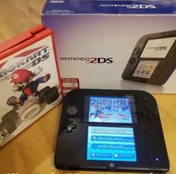 Nintendo 2Ds na caixa