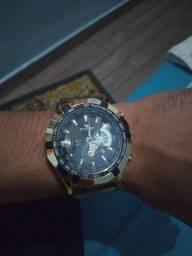 Relógio cor Gold
