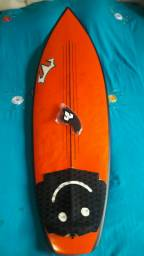 Prancha de surf 5.11 Reis maravilhosa.