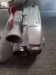 Duas cameras para retirada de peças da marca  sony e a outra JVC