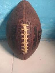 Vendo está bola de futebol americano