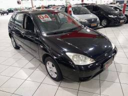 Ford Focus 1.6 completo 2004