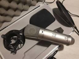 Microfone Behringer B-2 PRO, com maleta, acessórios e Pop Filter.