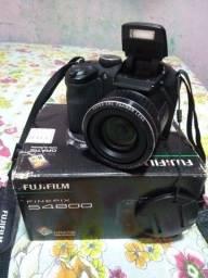 Câmera profissional Fujifilm FINEPIX S4800