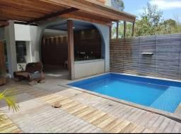 Casa para venda possui 450 metros quadrados com 3 quartos em Arraial D'Ajuda - Porto Segur