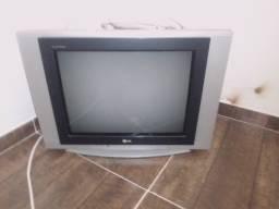Vendo tv lg 21 polegadas usada