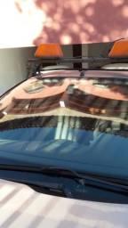 Giroflex do carro de escolta.