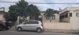 Título do anúncio: MMF*  Oportunidade  casa pra venda no centro de Limoeiro.