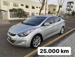 Hyundai Elantra 2013 só *** 25.000 km *** automático