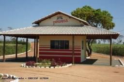 Vende-se ou troca-se um terreno com casa simples no condomínio Piraretã