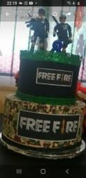 Bolo e painel free fire