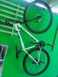 Bicicleta aro 29 com freio a disco nas duas sparta