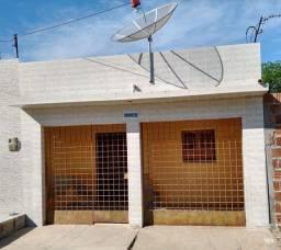 CASA PRÓXIMO AO CENTRO(70 Mil)