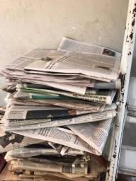 Jornais velhos para usar em reformas pinturas