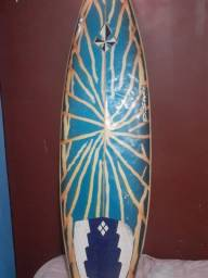 Prancha surf: rabo de peixe