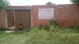Vendo casa murada, quitada e sem débitos
