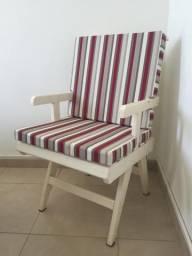 Cadeira área madeira