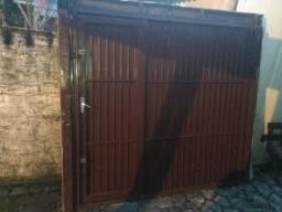 Vende-se portão de ferro