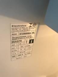 Geladeira Eletrolux R280