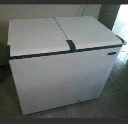 Vendo freezer 2 portas novinho