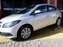 Onix LT 1.4 My Link (Completo) - 2013