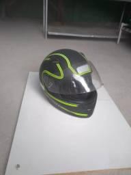 Troco capacete por gaiola de madeira