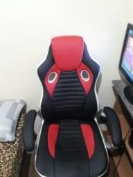 Vendo cadeira gamer seminova