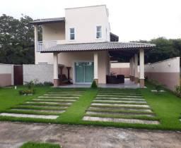 Duplex com 4suites tendo varanda lateral mais deck & piscina em condomínio fechado