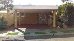 Casa de condomínio à venda com 3 dormitórios cod:V15032